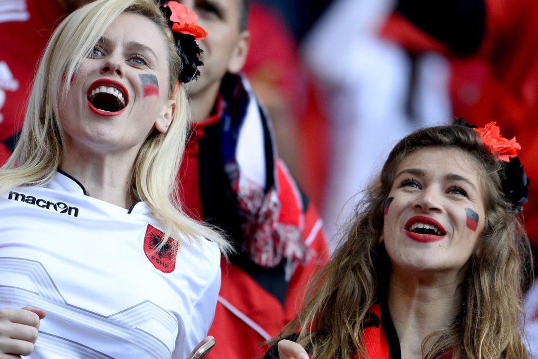 Albanian_Girls_PA_81358100 - Bildquelle: DPA Cj Gunther