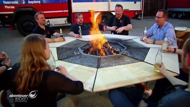 abenteuer leben am sonntag video der 3 in 1 grill zum selberbauen kabeleins. Black Bedroom Furniture Sets. Home Design Ideas