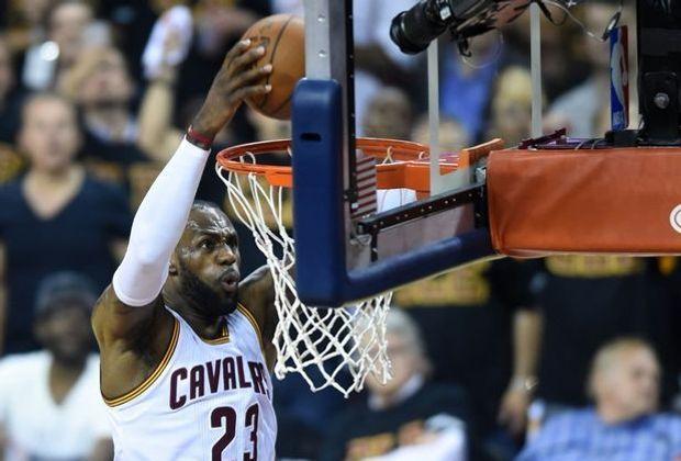 LeBron James mit 30 Punkten bei Cavs-Sieg in Boston