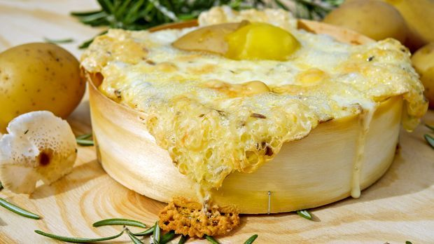 oven-baked-cheese-2817144_1920