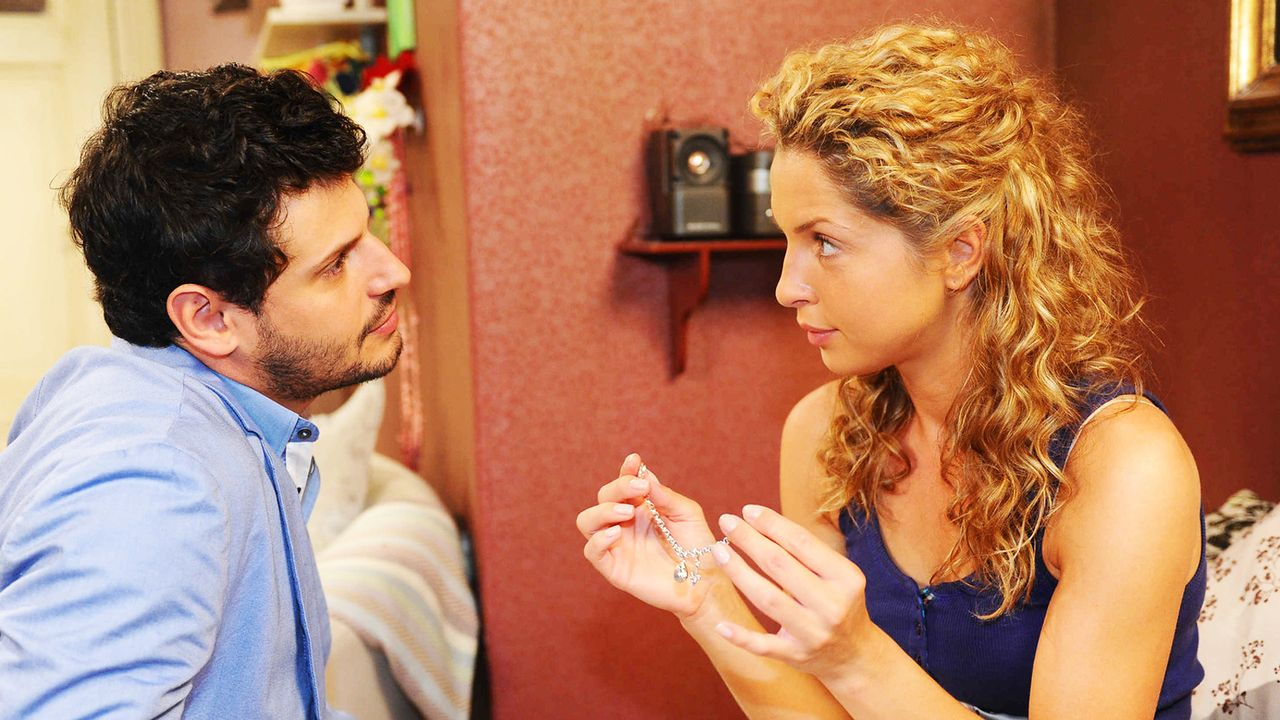 Anna-und-die-Liebe-Folge-801-03-Sat1-Oliver-Ziebe - Bildquelle: SAT.1/Oliver Ziebe
