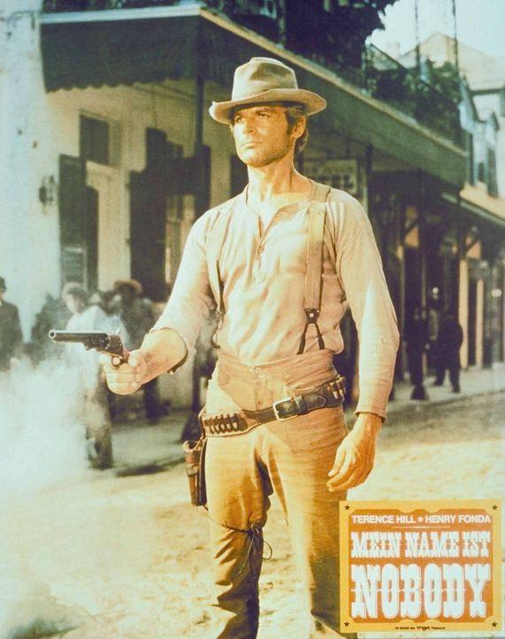 Schlitzohr Nobody (Terence Hill) will sich im Wilden Westen einen Namen machen ... - Bildquelle: Universal Pictures