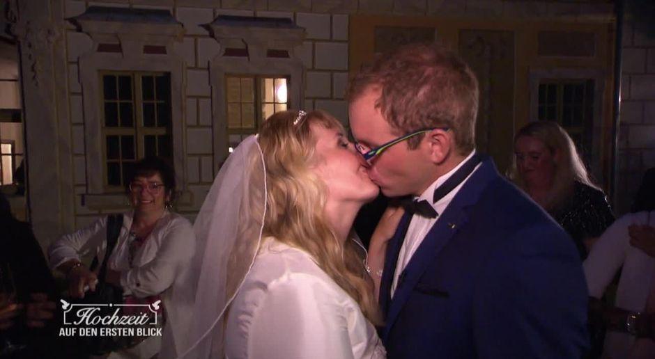 Hochzeit Auf Den Ersten Blick Video Sandra Und Sebastians