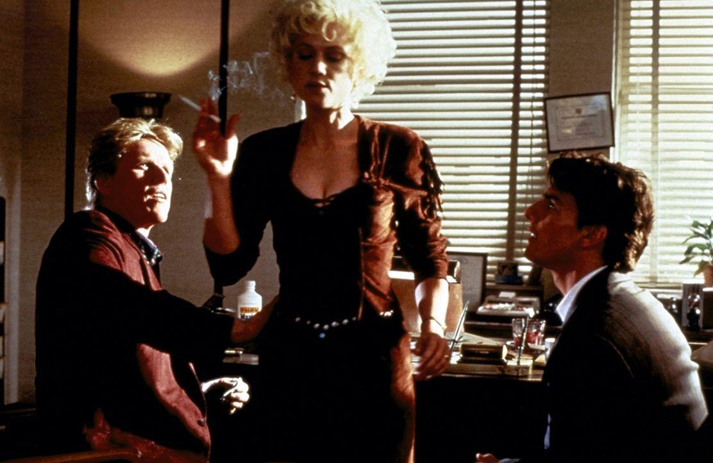 Bei der Suche nach dem belastenden Beweismaterial geraten Mitch (Tom Cruise, r.), der Privatdetektiv Eddie Lomax (Gary Busey, l.) und Tammy Hamphill... - Bildquelle: Paramount Pictures