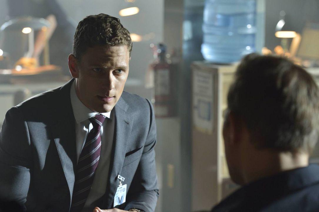 Wird Cray Marquand (Cody Ray Thompson) Detective Shay die Informationen liefern, die er sich so verzweifelt wünscht? - Bildquelle: Ben Mark Holzberg 2016 A&E Television Network, LLC. All rights reserved.