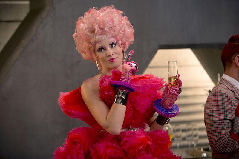 Elizabeth Banks spielt Effie Trinket - Bildquelle: Studiocanal