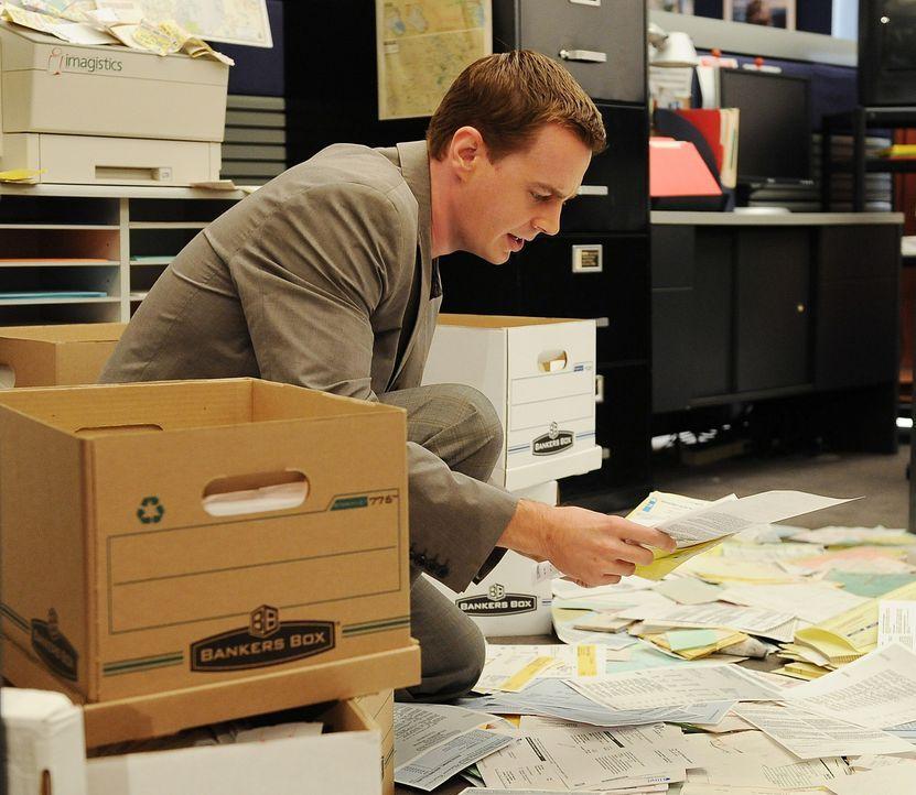 Gibbs und seine Leute müssen den neuen Fall ohne die üblichen technischen Hilfsmittel lösen, für ihn weniger problematisch als für seine jungen Koll... - Bildquelle: CBS Television