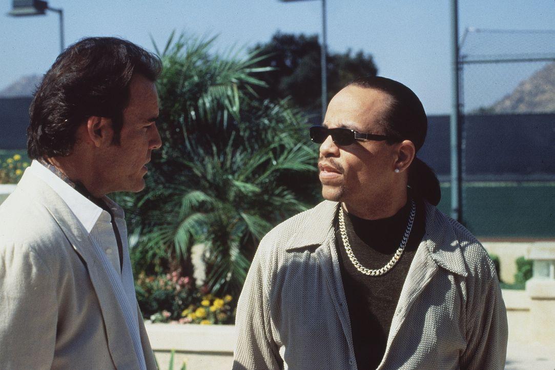 Der skrupellose Larry Ramsey (John Enos, l.) und der abtrünnige Kampfpilot Turner (Ice-T, r.) wollen ans ganz große Geld - mittels nuklearer Erpress... - Bildquelle: Artisan Entertainment