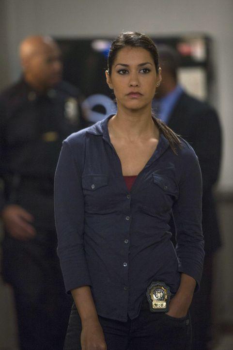 Ein neuer Mordfall muss aufgedeckt werden. Meredith Bose (Janina Gavankar) und ihre Kollegen geben alles, um den Mörder zu fassen ... - Bildquelle: Warner Bros. Entertainment, Inc.