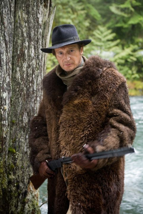 Von Rachsucht getrieben, verfolgt der Ex-Colonel Carver (Liam Neeson) die Spur zum Mörder seiner Familie bis nach Nevada ... - Bildquelle: Lorey Sebastian 2006 Icon Distribution, Inc.  All Rights Reserved.