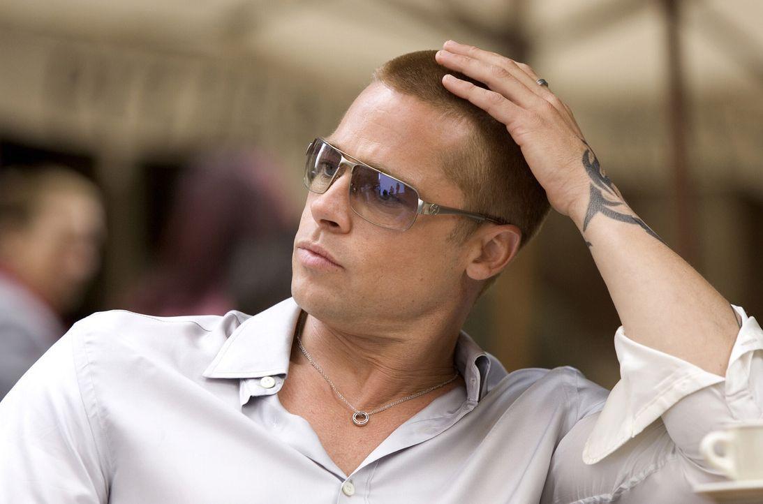 Rusty (Brad Pitt), Danny Oceans rechte Hand, braucht ganz schnell 160 Millionen .... - Bildquelle: Warner Bros. Television