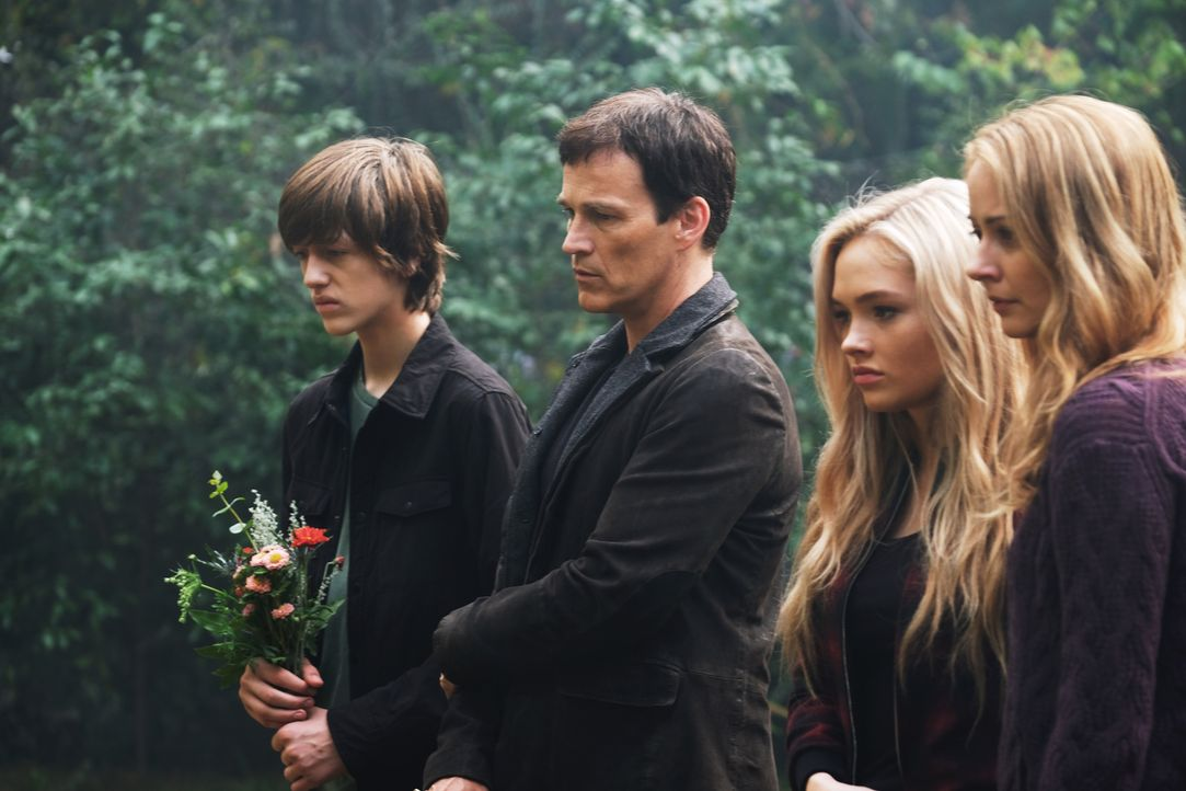(v.l.n.r.) Andy (Percy Hynes White); Reed (Stephen Moyer); Lauren (Natalie Alyn Lind); Kate (Amy Acker) - Bildquelle: Eliza Morse 2017 Fox and its related entities.  All rights reserved.  MARVEL TM &   2017 MARVEL/Eliza Morse