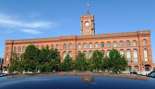 Rotes Rathaus - Bildquelle: dpa