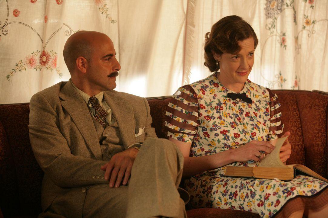 Kit kann nicht glauben, dass ihre Landstreicherfreunde Will und Countee Diebe sein sollen, aber die liebenswerte Bibliothekarin Miss Bond (Joan Cusa... - Bildquelle: Warner Brothers