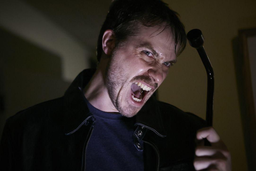 Als Bill (Martin Lindquist) bewusst wird, dass sein Leben nicht so verläuft, wie er es sich wünscht, wird er immer aggressiver. Seine Frau gelingt s... - Bildquelle: Ian Watson Cineflix 2015