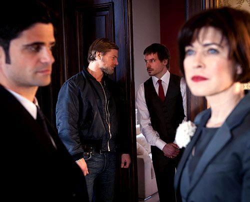 Linda (Anja Kruse) wird bei ihrem lukrativen Geschäft von ihrem Sohn Thomas  (Wanja Mues) unterstützt. - Bildquelle: Martin Rottenkolber - Sat1