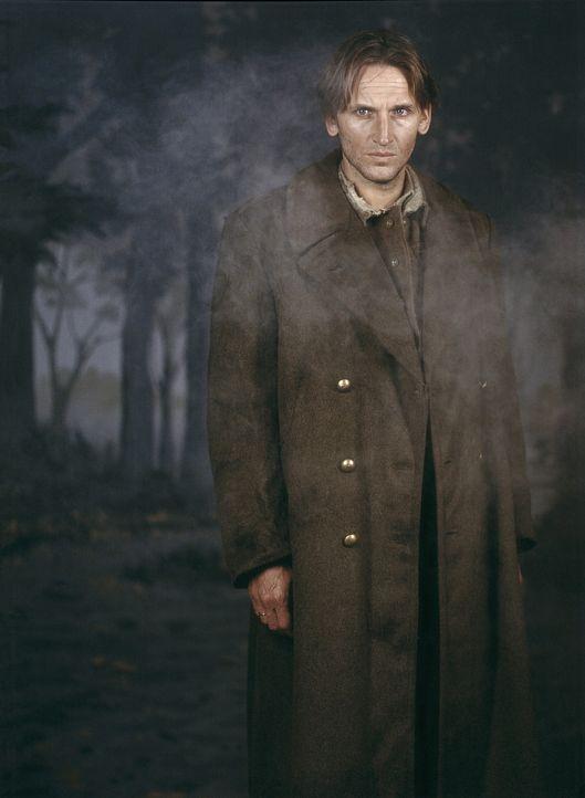 Eines Tages taucht Charles (Christopher Eccleston) auf der Kanalinsel Jersey auf ... - Bildquelle: Miramax Films