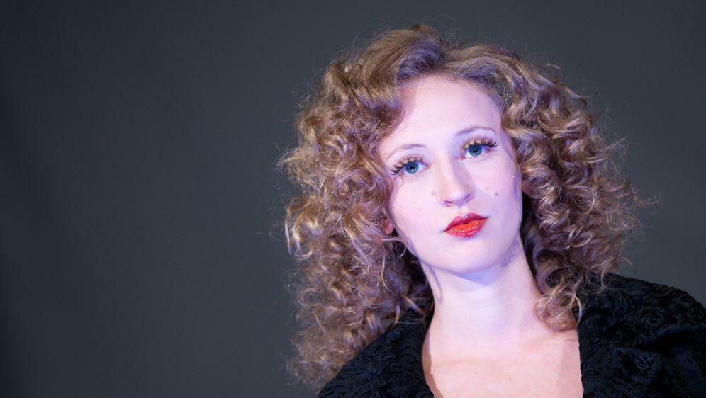 Dauerwelle blondiertes haar