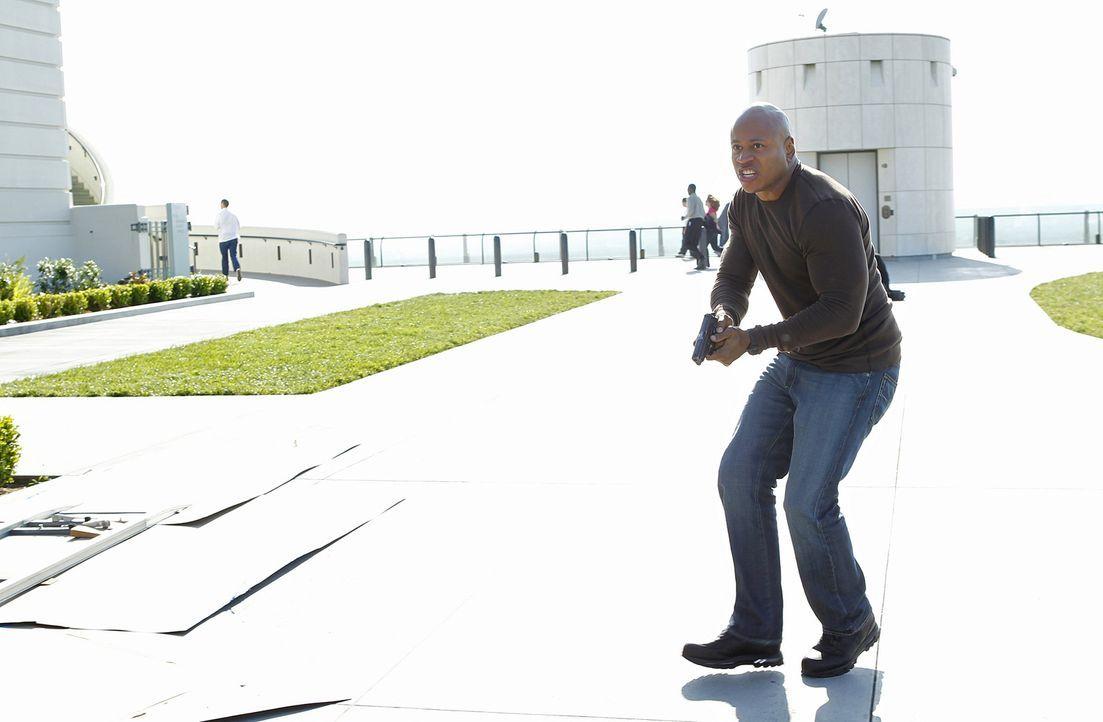 Der außergewöhnlich gut ausgebildete Agent setzt immer wieder sein Leben aufs Spiel, um die nationale Sicherheit zu schützen: Sam (LL Cool J) ... - Bildquelle: CBS Studios Inc. All Rights Reserved.