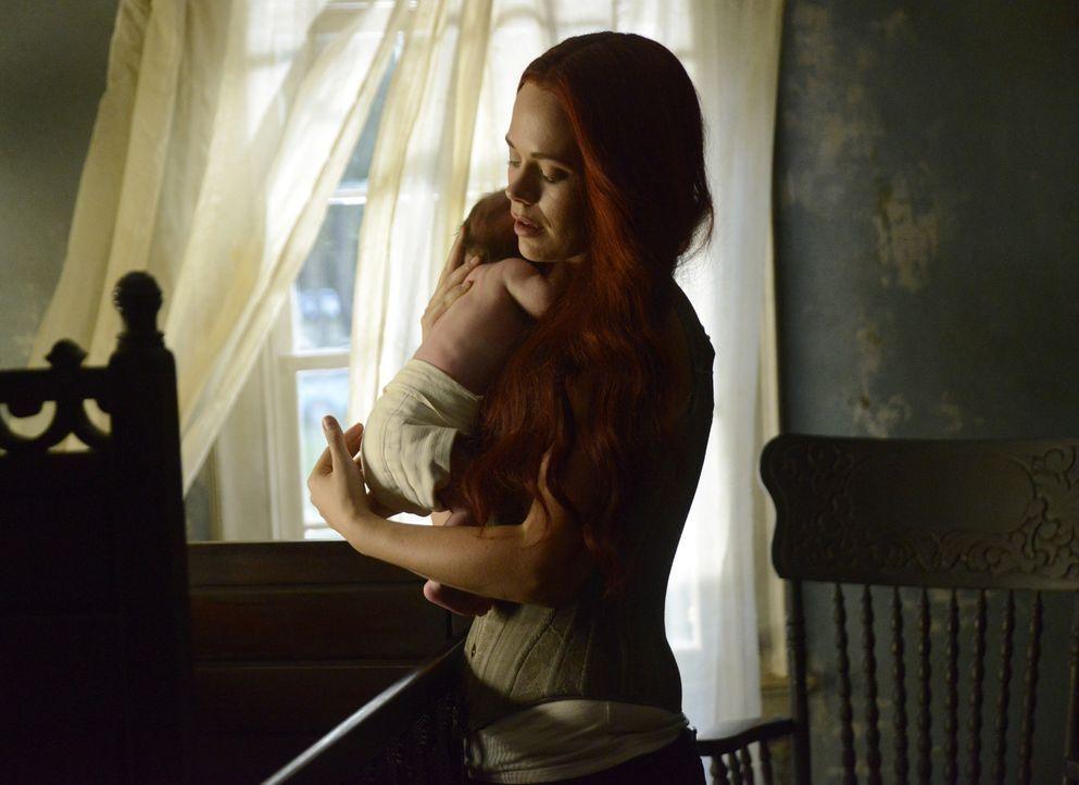 Lässt sich Katrina (Katia Winter) tatsächlich von ihren mütterlichen Gefühlen für das Baby beeinflussen? - Bildquelle: 2014 Fox and its related entities. All rights reserved