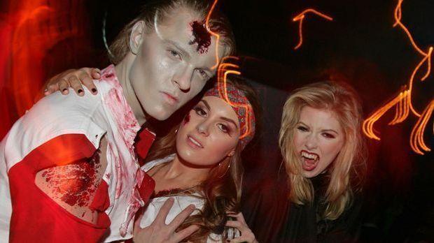 Halloweenspiele gehören zu einer ausgelassenen Halloweenparty einfach dazu un...