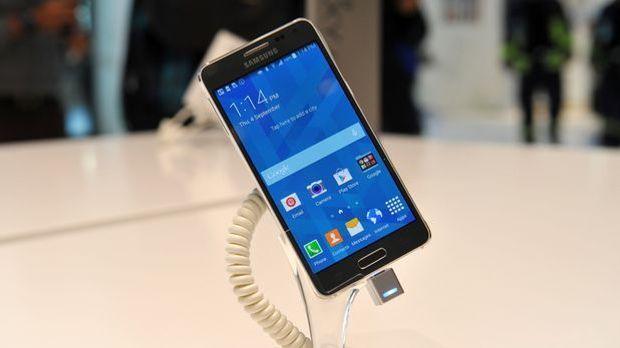 Samsung Galaxy Alpha dpa