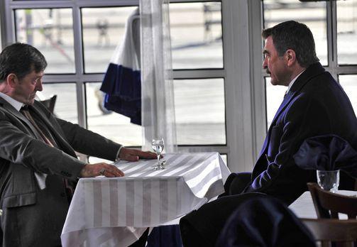 Blue Bloods - Der Sohn des Mafiapaten Maximilian Gruschenko (Olek Krupa , l.)...
