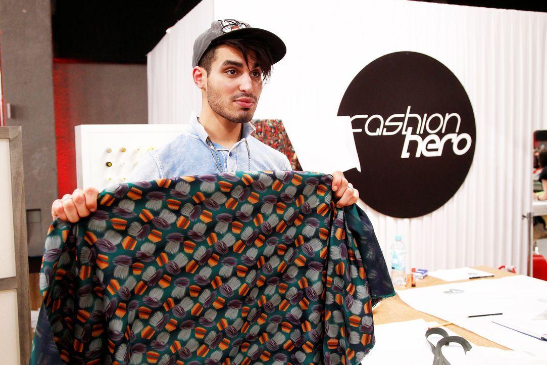 Fashion-Hero-Epi03-Atelier-83-Pro7-Richard-Huebner