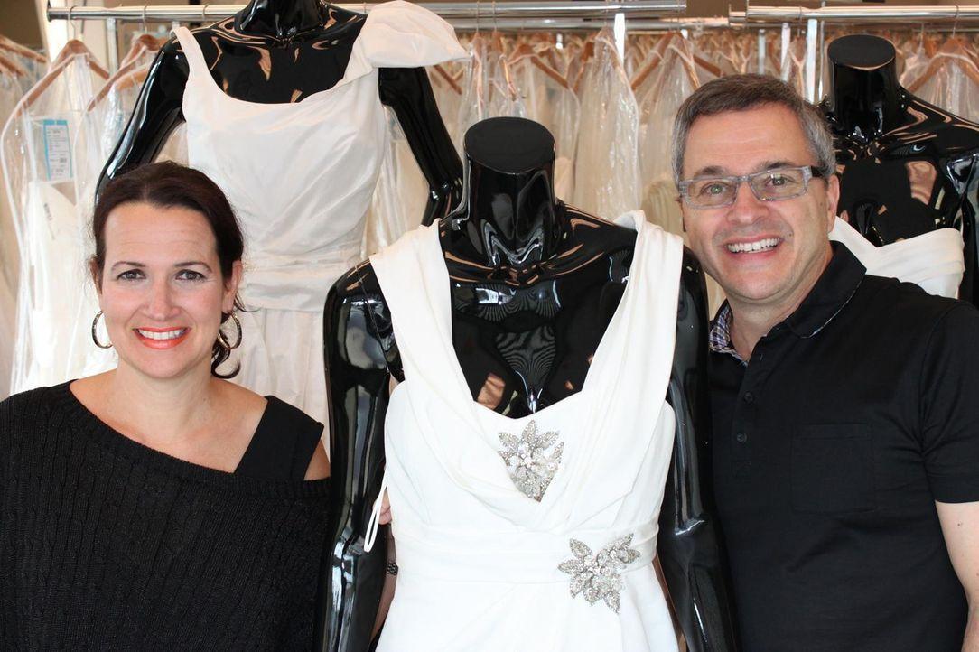 Rick (r.) und Leslie (l.) DeAngelo sorgen dafür, dass es für jeden Geldbeutel das perfekte Hochzeitskleid gibt ... - Bildquelle: TLC