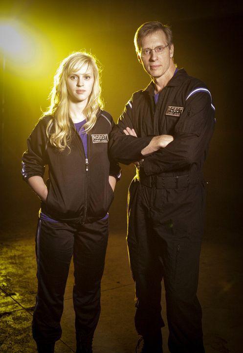 Haben sie genug Power, um das gegnerische Team und damit deren Roboter zu besiegen? Amber Shinsel (l.) und Dave Shinsel (r.) von Team Crash ...