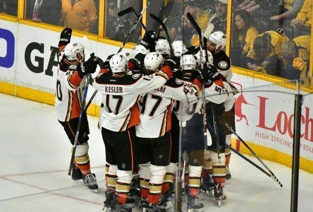 Anaheim Ducks feiern in Nashville