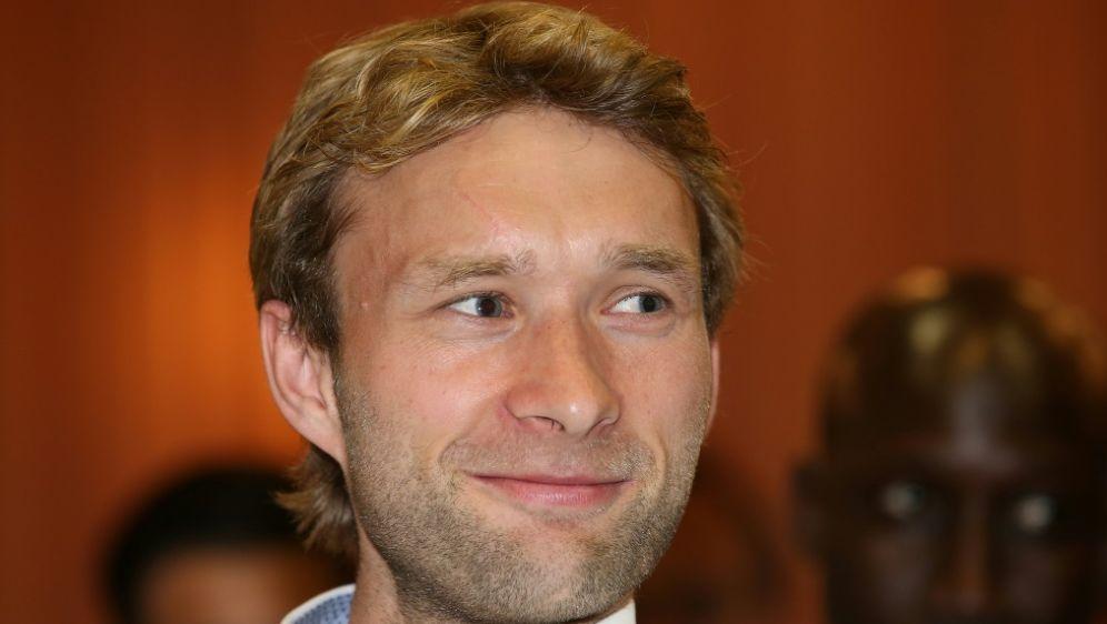 Simon Rolfes spricht Bayer Mut zu gegen die Bayern - Bildquelle: FIROFIROSID