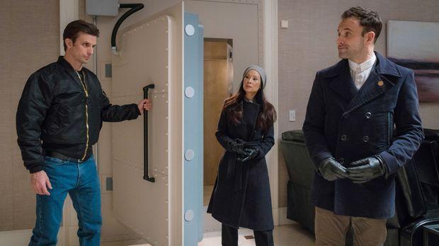 Holmes (Jonny Lee Miller, r.) und Watson (Lucy Liu, M.) bekommen den Auftrag,...