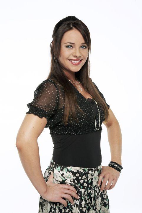"""Paloma Greco (Maja Maneiro) ist Kellnerin im Restaurant """"Goldelse"""" und Annas beste Freundin. Als Kind spanischer Einwanderer ist die hübsche Paloma... - Bildquelle: Bernd Jaworek SAT.1"""