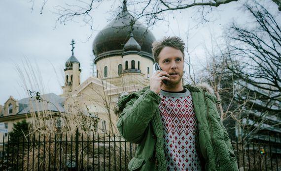 Limitless - Steckt immer tiefer im Schlamassel und reist deshalb nach Russlan...