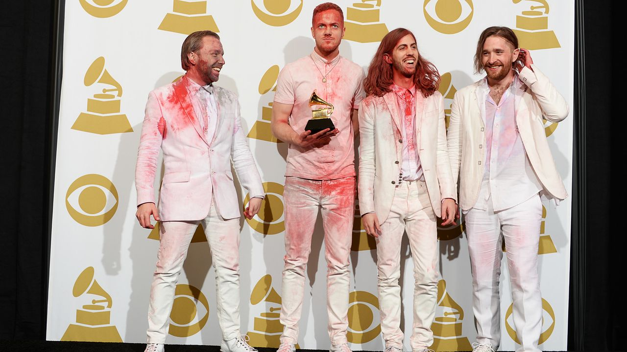 Grammy-Awards-Radioactive-14-01-26-AFP - Bildquelle: AFP