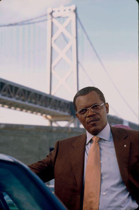Nachdem Jessicas Eltern bei einem Autounfall ums Leben gekommen sind, übernimmt Polizeipräsident John Mills (Samuel L. Jackson) die Vormundschaft... - Bildquelle: Paramount Pictures