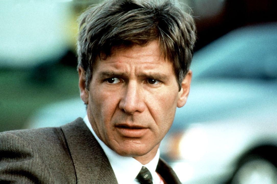 Der ehemalige CIA-Agent Jack Ryan (Harrison Ford) hält sich zufällig in London auf, als eine IRA-Splittergruppe einen Anschlag auf ein Mitglied der... - Bildquelle: Paramount Pictures