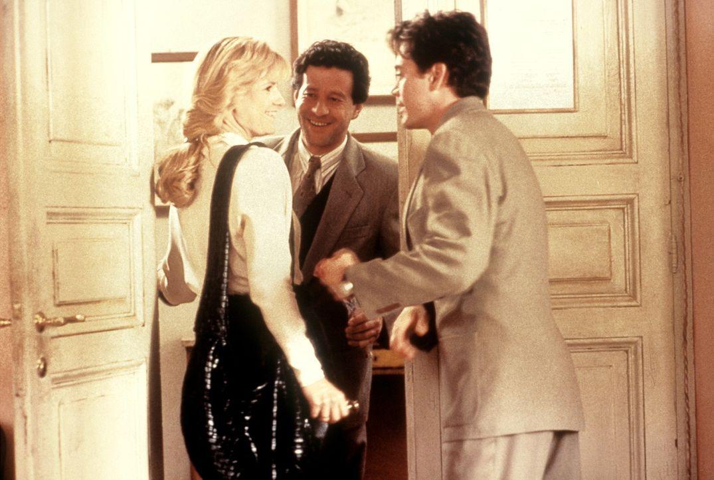 Kate (Bonnie Hunt, l.), Giovanni (Joaquim de Almeida, M.) und Peter (Robert Downey jr., r.) wollen Faith, bevor sie heiratet, mit einem echten Traum... - Bildquelle: Columbia TriStar