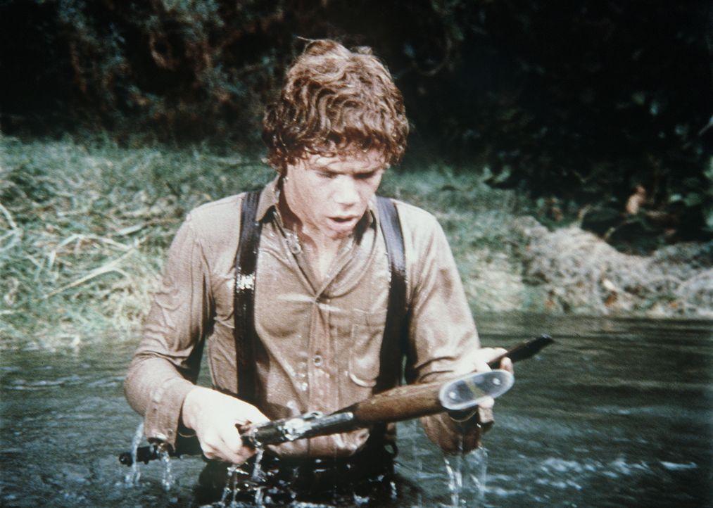 Um seine Klassenkameraden zu beeindrucken, entwendet Jamie (Mitch Vogel) Bens wertvolles goldbeschlagenes Gewehr. Ein fataler Fehler ... - Bildquelle: Paramount Pictures