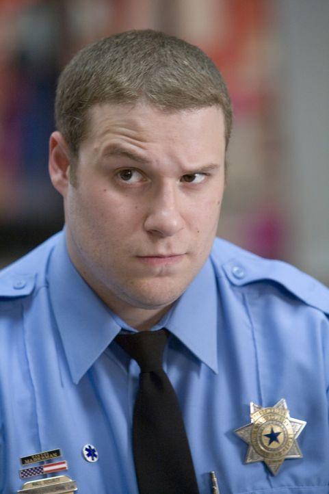 Kaufhaus-Wachmann Ronnie (Seth Rogen) ist überzeugt davon, dass die Vorsehung ihn dazu verdonnert hat, für Recht und Ordnung zu sorgen. Jeder, der s... - Bildquelle: Warner Brothers
