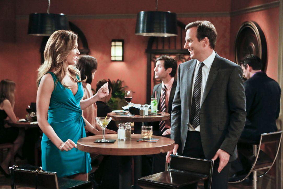 Ein ganz besonderes Date wartet auf Nathan (Will Arnett, r.) und Sonya (Gloria Votsis, l.) ... - Bildquelle: 2013 CBS Broadcasting, Inc. All Rights Reserved.