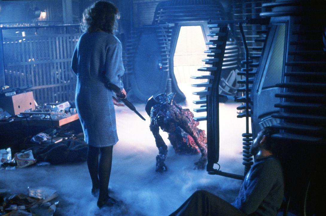 (v.l.n.r.) Veronica Quaife (Geena Davis); Seth Brundle (Jeff Goldblum); Sathis Borans (John Getz) - Bildquelle: 1986 Twentieth Century Fox Film Corporation.  All rights reserved.