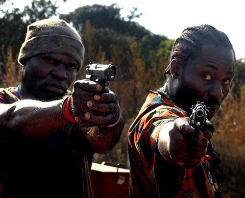 im-brautkleid-durch-afrika-09-500-404_David_Gur_-_Sat1 - Bildquelle: David Gur - Sat1