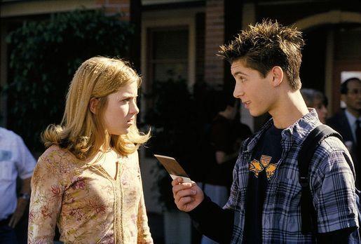 Malcolm mittendrin - Da Reese (Justin Berfield, r.) seiner Freundin Alison (B...