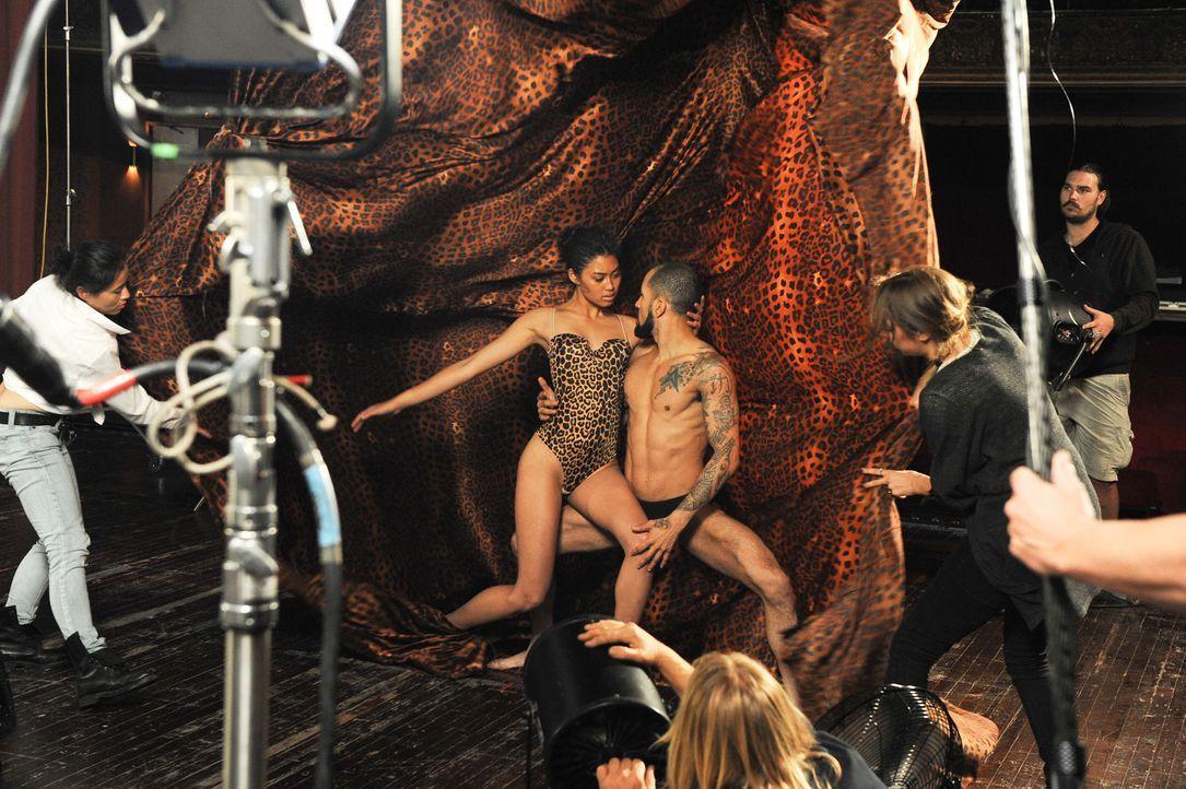 GNTM-Stf10-Epi12-Dance-Shooting-73-Anuthida-ProSieben-Micah-Smith - Bildquelle: ProSieben/ Micah Smith