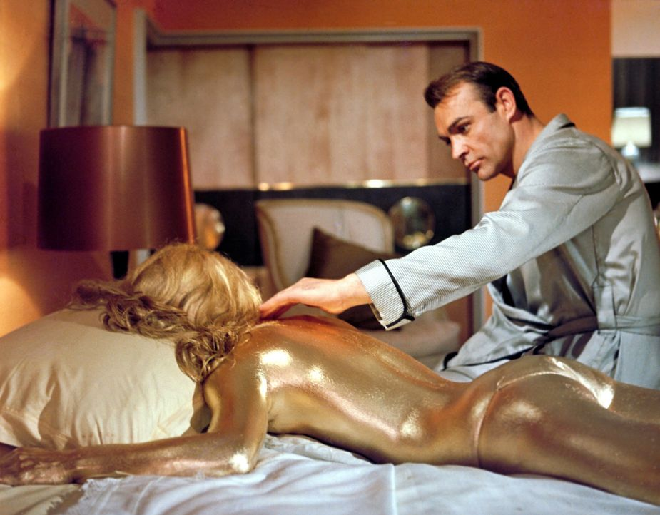 Shirley-Eaton-James-Bond-Goldfinger-1964-WENN-com - Bildquelle: WENN.com