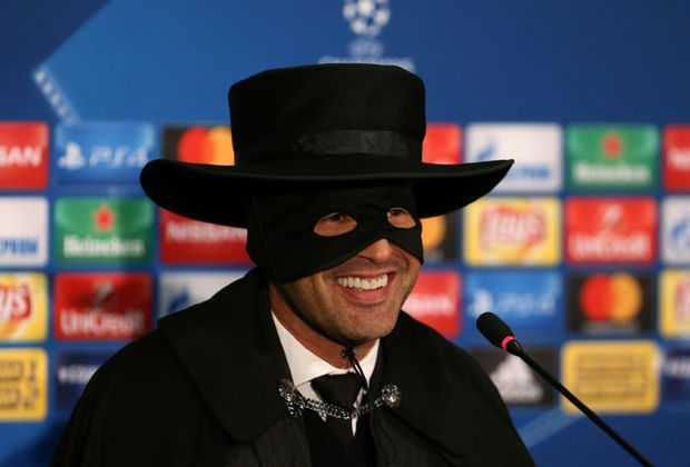 Fonseca feiert Schachtjors Achtelfinaleinzug als Zorro