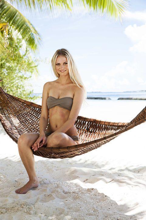 GNTM-Stf10-Epi13-Bikini-Shooting-Malediven-05-Darya-ProSieben-Boris-Breuer - Bildquelle: ProSieben/Boris Breuer