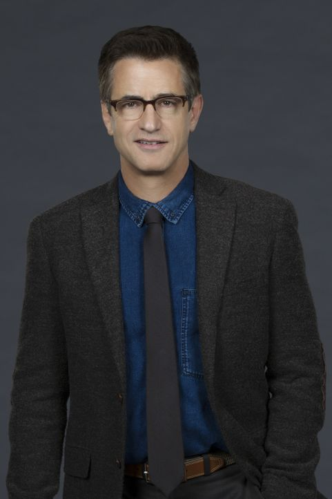 (1. Staffel) - Der in Verruf geratene Chirurg Dr. Walter Wallace (Dermot Mulroney) bekommt von einem Tech-Titan aus dem Silicon Valley ein Angebot,... - Bildquelle: Sonja Flemming 2016 CBS Broadcasting, Inc. All Rights Reserved